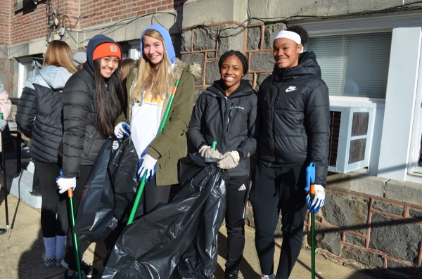 Volunteers Hit the Streets for for MLK Community Cleanup